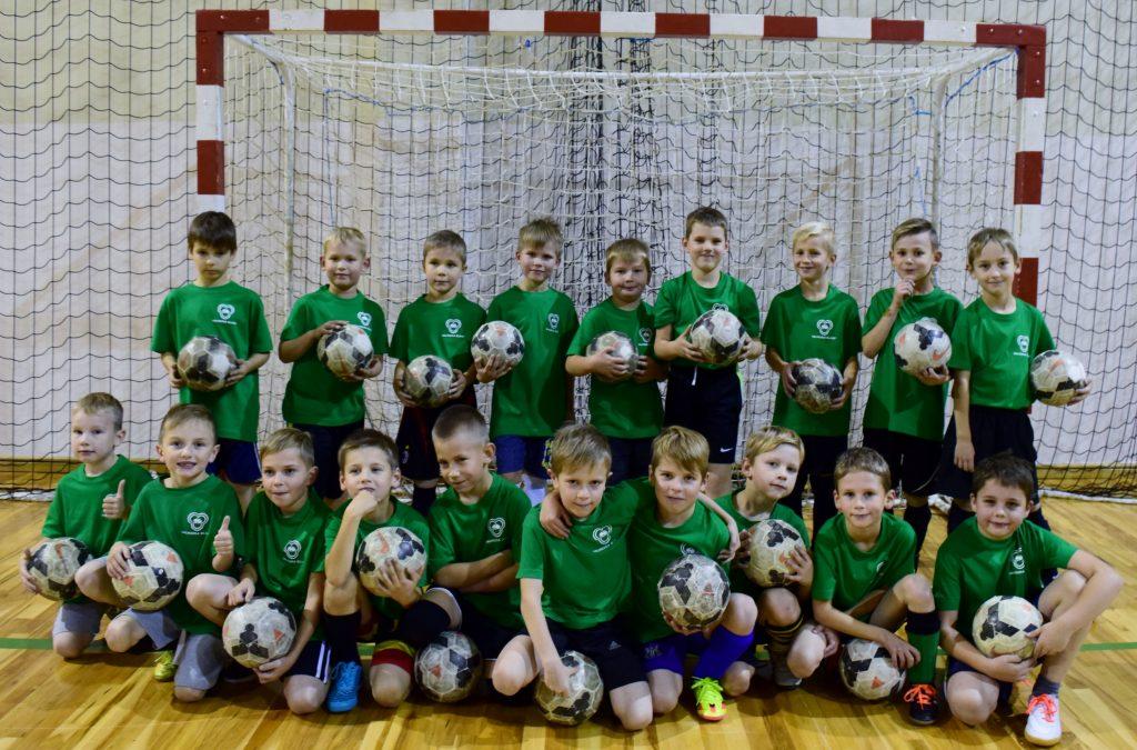 Futbola sezona turpinās Vidzemes Olimpiskā centra universālajā zālē