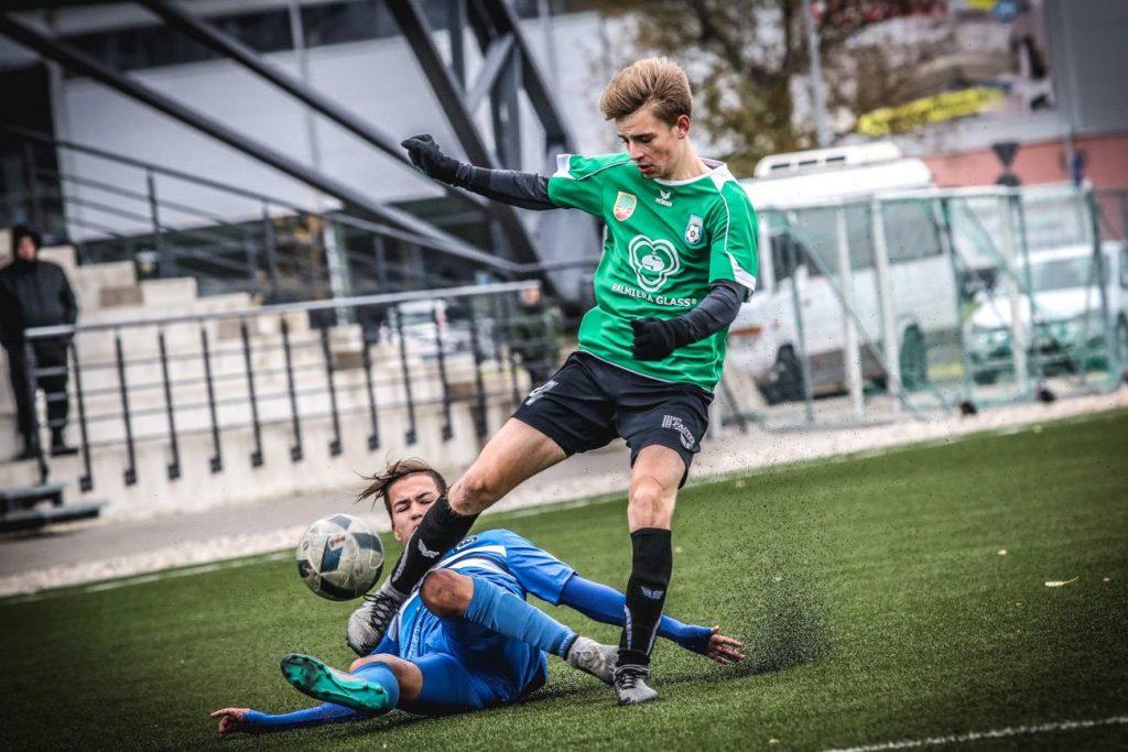 """""""Vidzemes FC"""" futbolisti izcīna Latvijas U-18 jaunatnes čempionāta bronzas medaļas"""