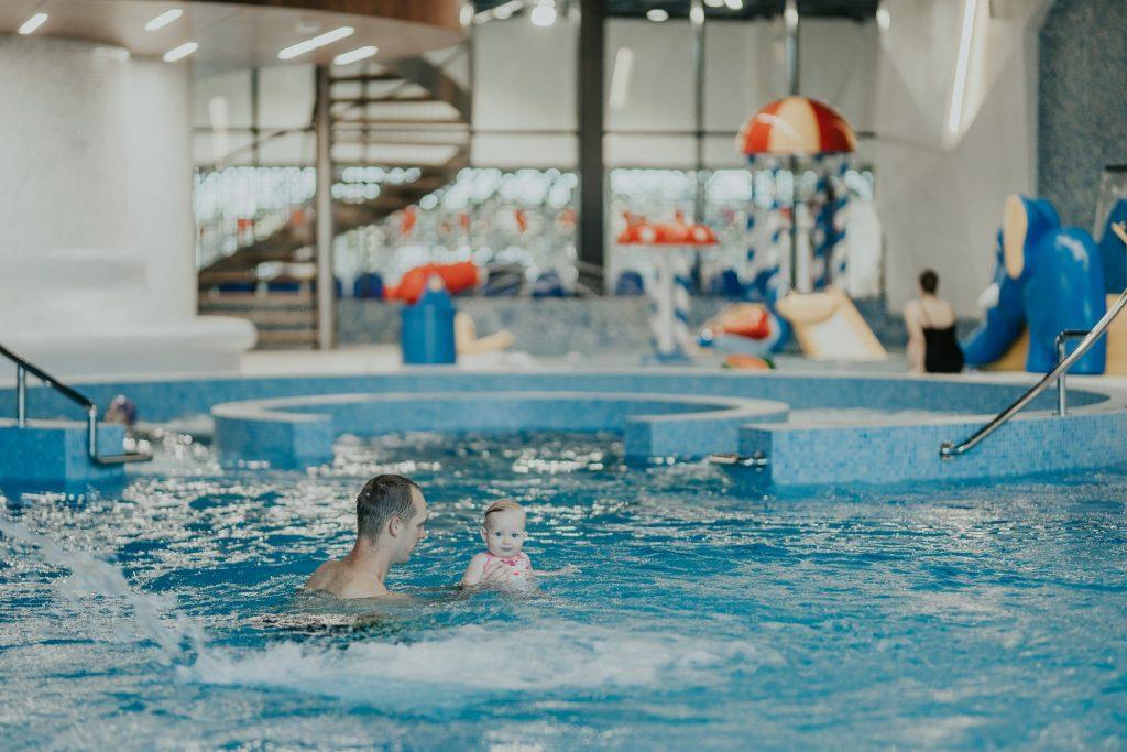 Valmieras peldbaseina atpūtas zona atsāks darbu 15. jūnijā