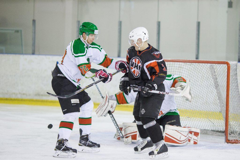 hokejs-32